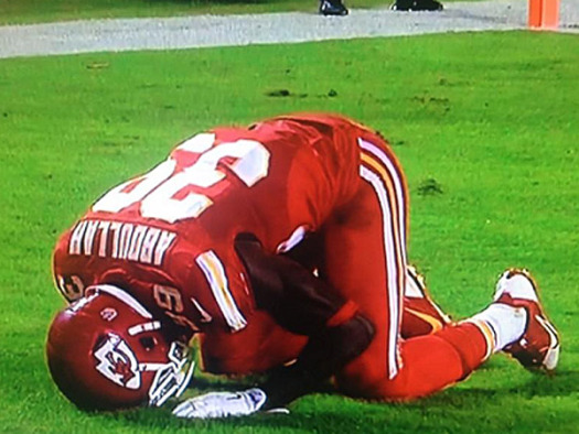 KC Chiefs safety Husain Abdullah was penalized for praying following a touchdown.  (Google Images)