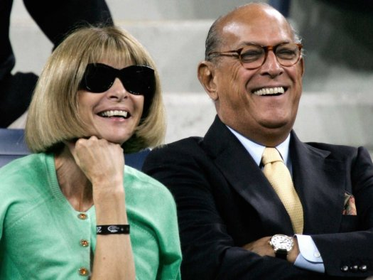 Longtime friends Oscar de la Renta and American Vogue editor Anna Wintour. (Google Images)