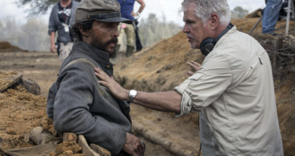 Oscar winner Matthew McConaughey (l.) and Ross (r.) discuss a scene in the bunker (Photo Credit: STX Entertainment).